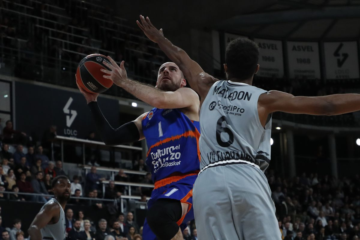 LDLC Asvel Villeurbanne v Valencia Basket - Turkish Airlines EuroLeague