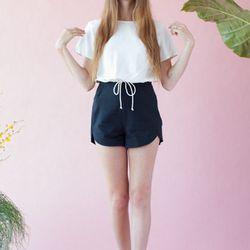 Samantha Pleet Leaf Shorts, $100
