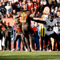 December 2019: Cleveland still had slim playoff hopes heading into Week 16 against the Ravens. The Browns, stunningly, led 6-0 near the end of the first half. Facing a 3rd-and-1 situation, Freddie Kitchens called a halfback pass with RB Kareem Hunt that was blown up for a big loss of yards. The Ravens scored two touchdowns in the final two minutes of the half to lead 14-6 then, and never looked back on the way to a 31-15 win. The loss sent the Browns to 6-9 on the year.