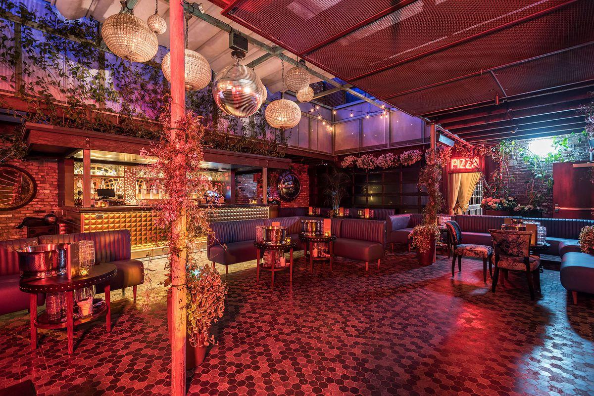 Avenue Hollywood Nightclub Interior