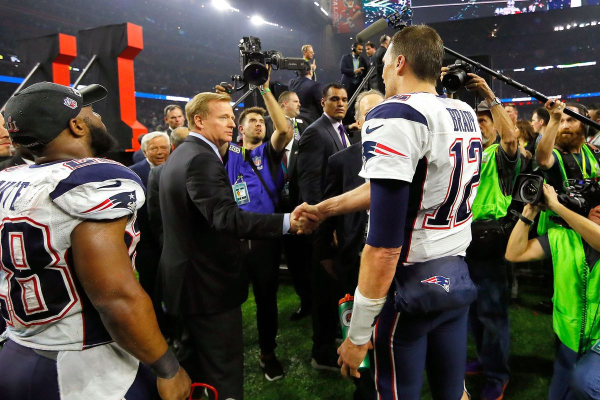 Roger Goodell and Tom Brady (GettyImages)