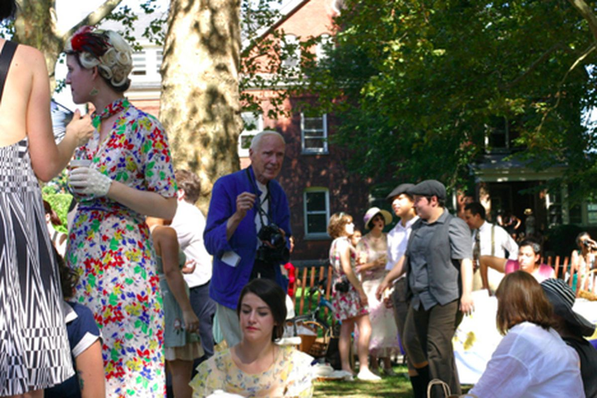 """The NYT's Bill Cunningham at the Jazz Age Lawn Party on Governor's Island via <a href=""""http://www.flickr.com/photos/rachel_photo/4940015577/in/pool-rackedny#/photos/rachel_photo/4940015577/in/pool-312691@N20/"""">rachel.photo</a>/Racked Flickr Pool"""
