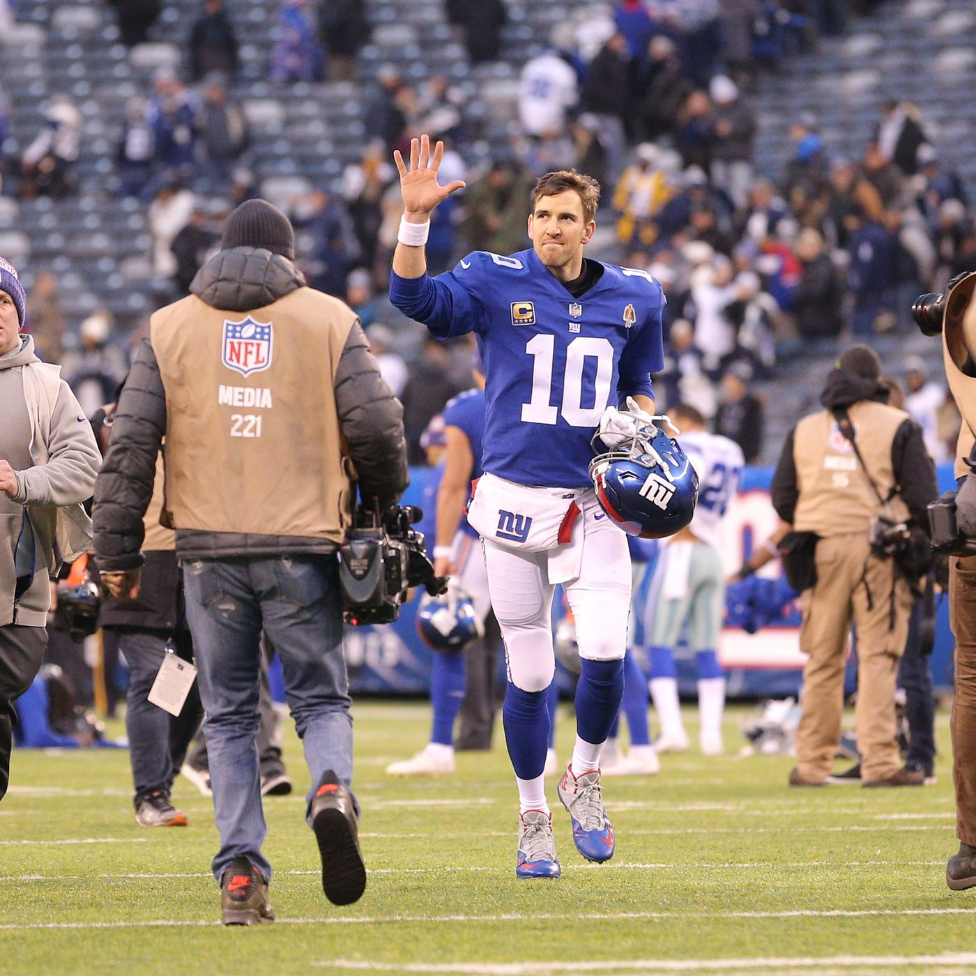 New York Giants  quarterback question  What should the plan be ... 25ee5961f