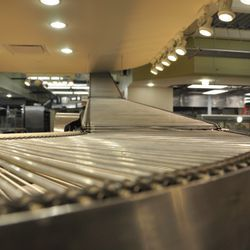 The lovely pita conveyor. [EHTX]