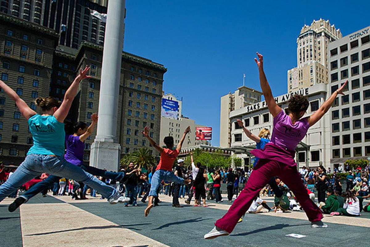 "Dance Week 2013, photo via <a href=""http://sf.funcheap.com/bay-area-dance-week-kick-dance-union-square/"">SF.FunCheap</a>"