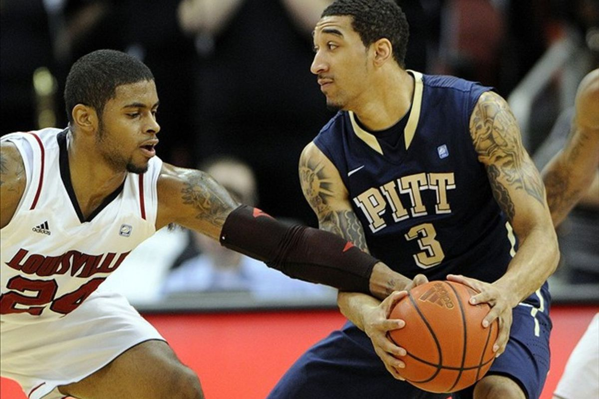 Pitt loses two more and drops farther (Credit: Jamie Rhodes-US PRESSWIRE)