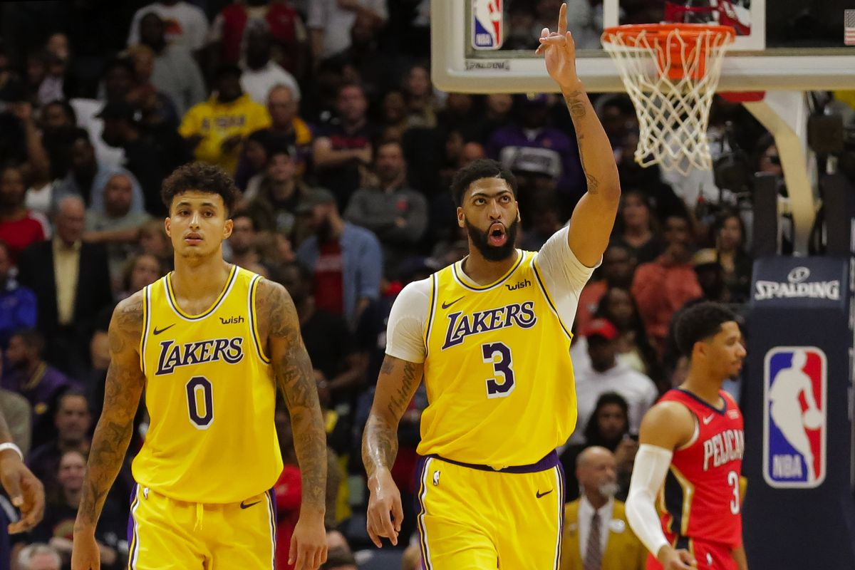 Los Angeles Lakers forward Anthony Davis reacts after hitting a free throw to seal a win against the New Orleans Pelicans during the fourth quarter at the Smoothie King Center.