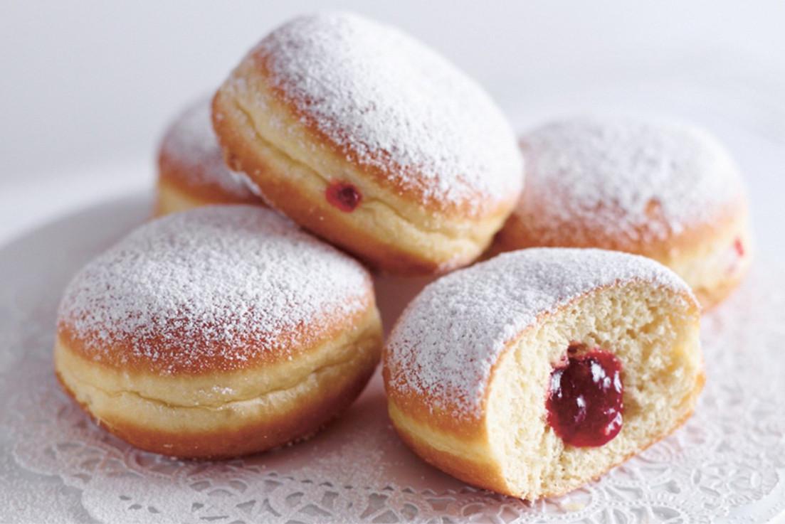 Berliner doughnuts at Hahdough