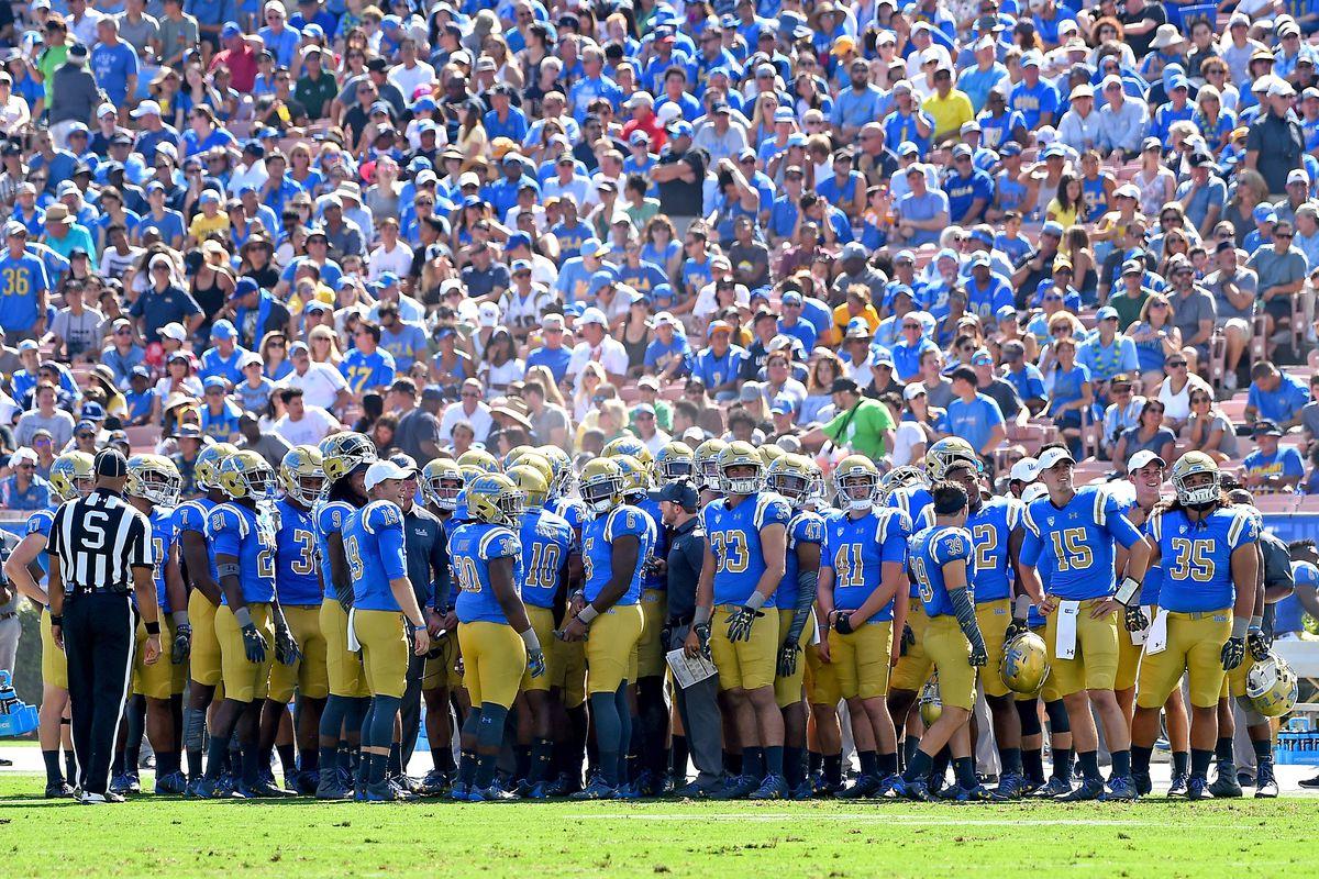 Hawaii v UCLA