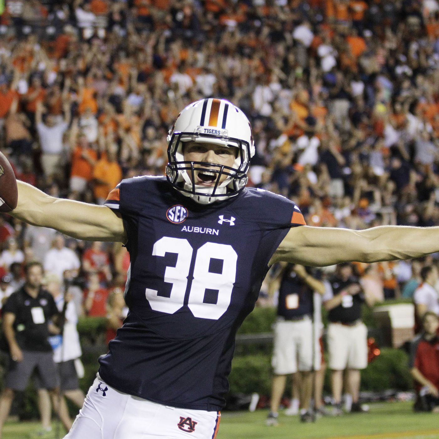 NFL Draft 2018  Daniel Carlson Drafted by the Minnesota Vikings in the 5th  Round b73dfe8f5