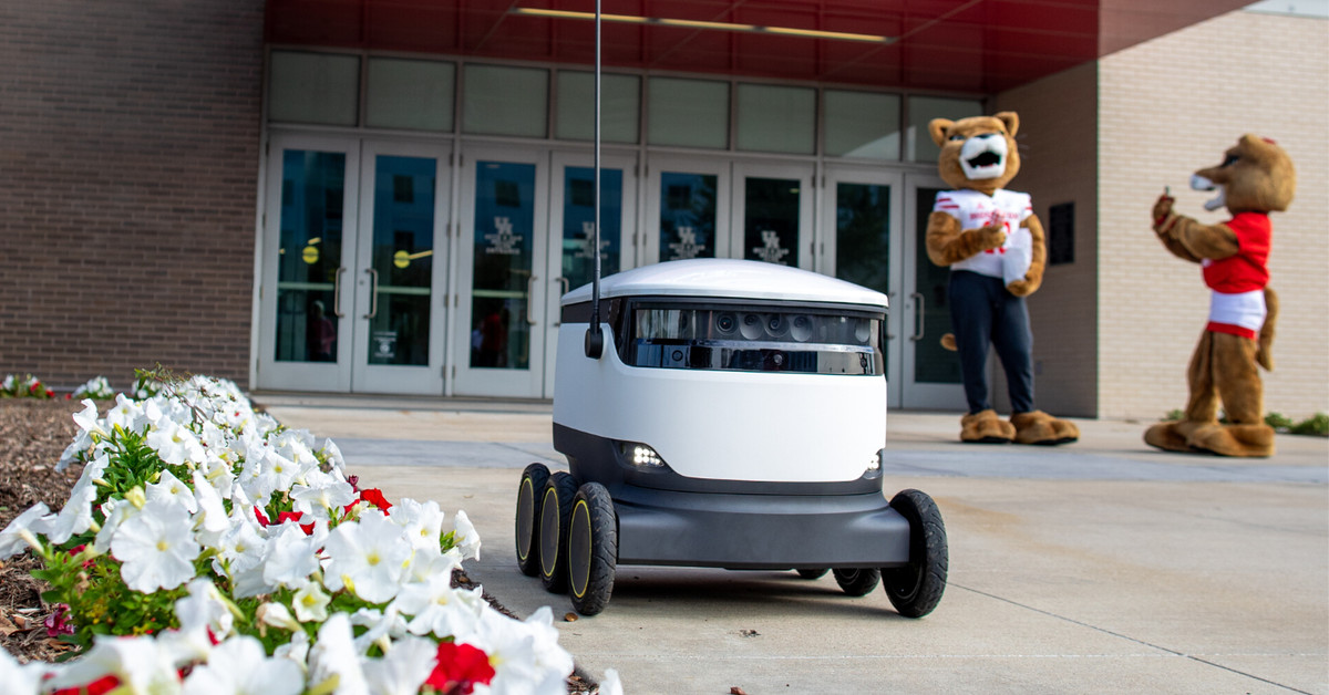 People Are Weirdly Captivated By University of Houston's Food Delivery Robots - Eater Houston