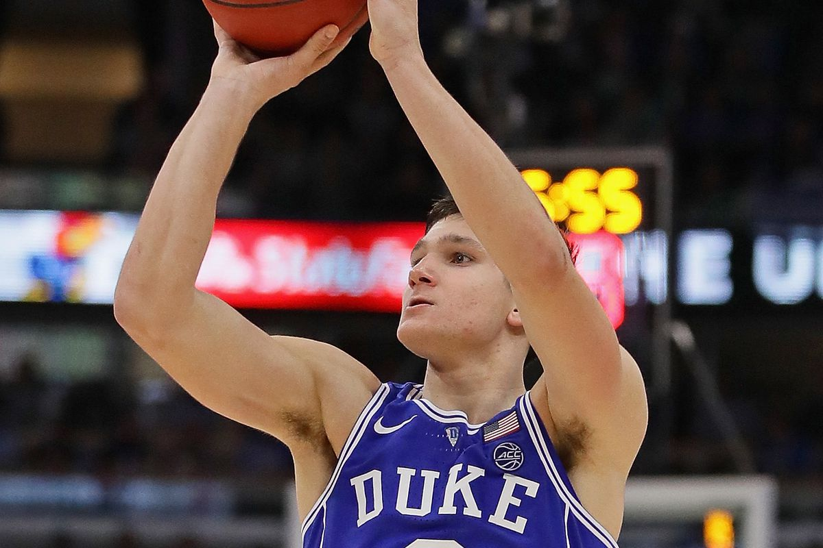 CHICAGO, IL - NOVEMBER 14:   Grayson Allen #3 of the Duke Blue Devils puts up a shot on his way to a game-high 37 points against the Michigan State Spartans during the State Farm Champions Classic at the United Center on November 14, 2017 in Chicago, Illinois. Duke defeated Michigan State 88-81. (Photo by Jonathan Daniel/Getty Images)