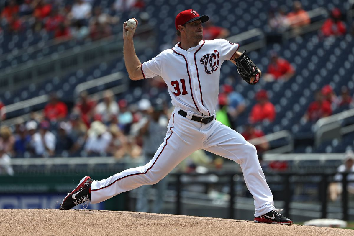 Max Scherzer hits first career home run, leaves with injury