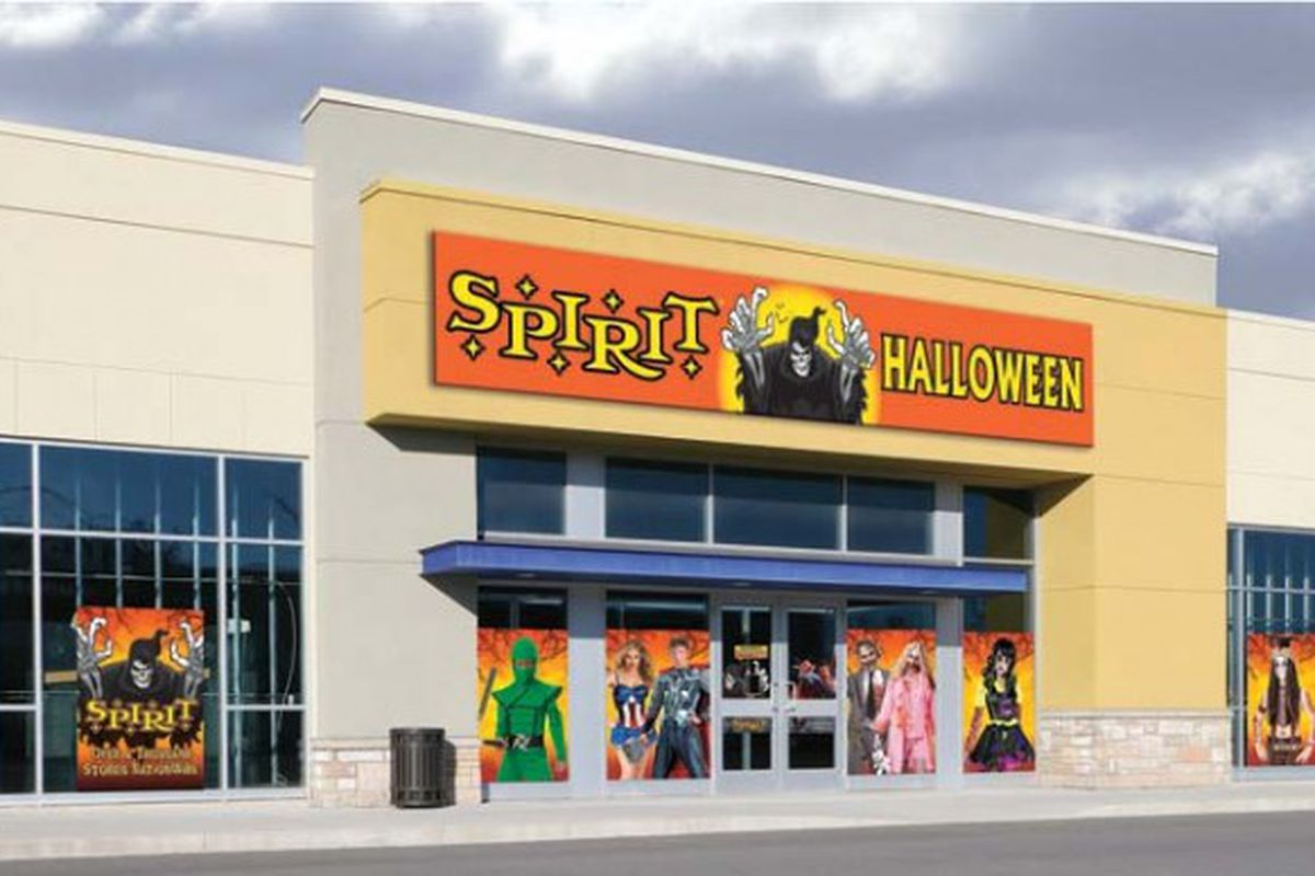 If you are looking for the best Halloween costume ideas for this year's festivities, you've come to the right place. Whether you are searching for a costume for Halloween night or need the perfect outfit to wear to your upcoming murder mystery party, our costume selection is larger than any other Halloween store .