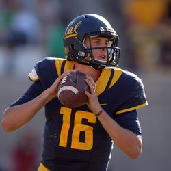 Jared Goff threw for more than 500 yards against the Cougs