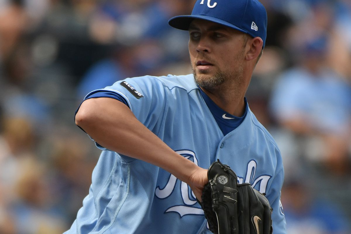 Mike Minor throwing a pitch for Kansas City back in 2017