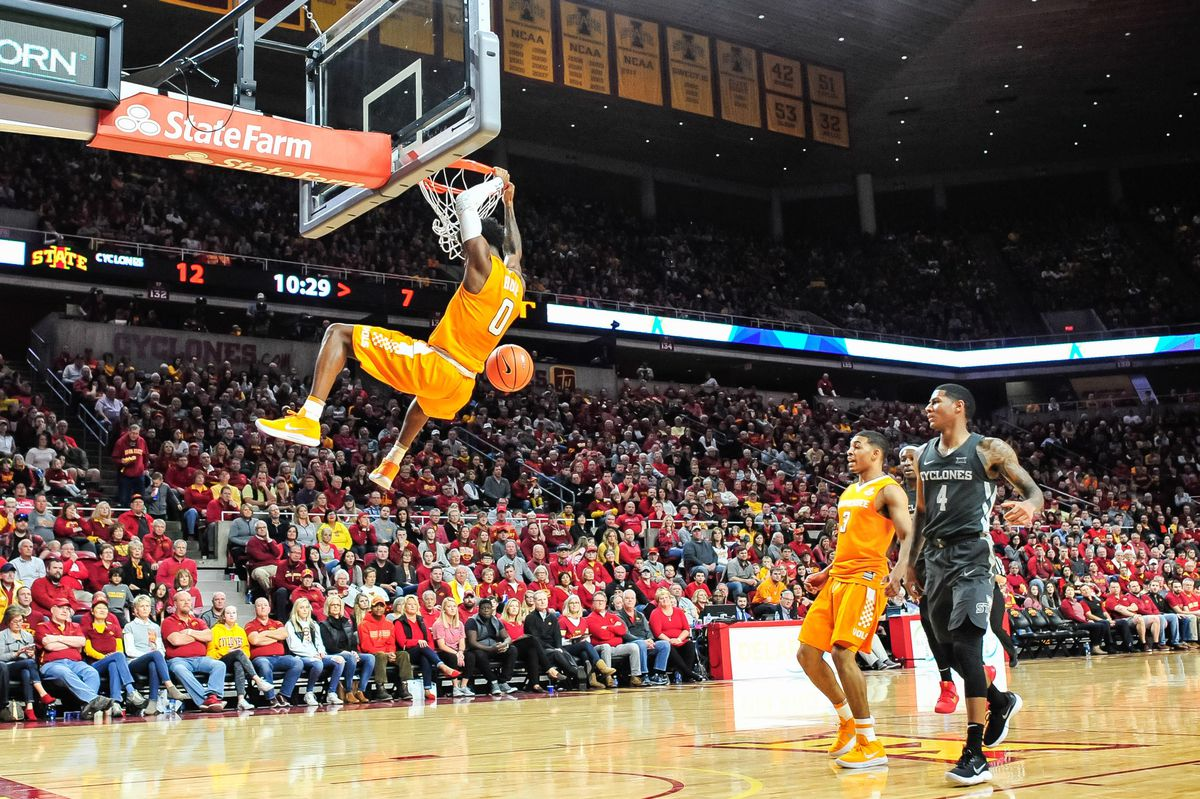 Mens college basketball vols dominate against iowa state in big 12 ncaa basketball tennessee at iowa state publicscrutiny Gallery