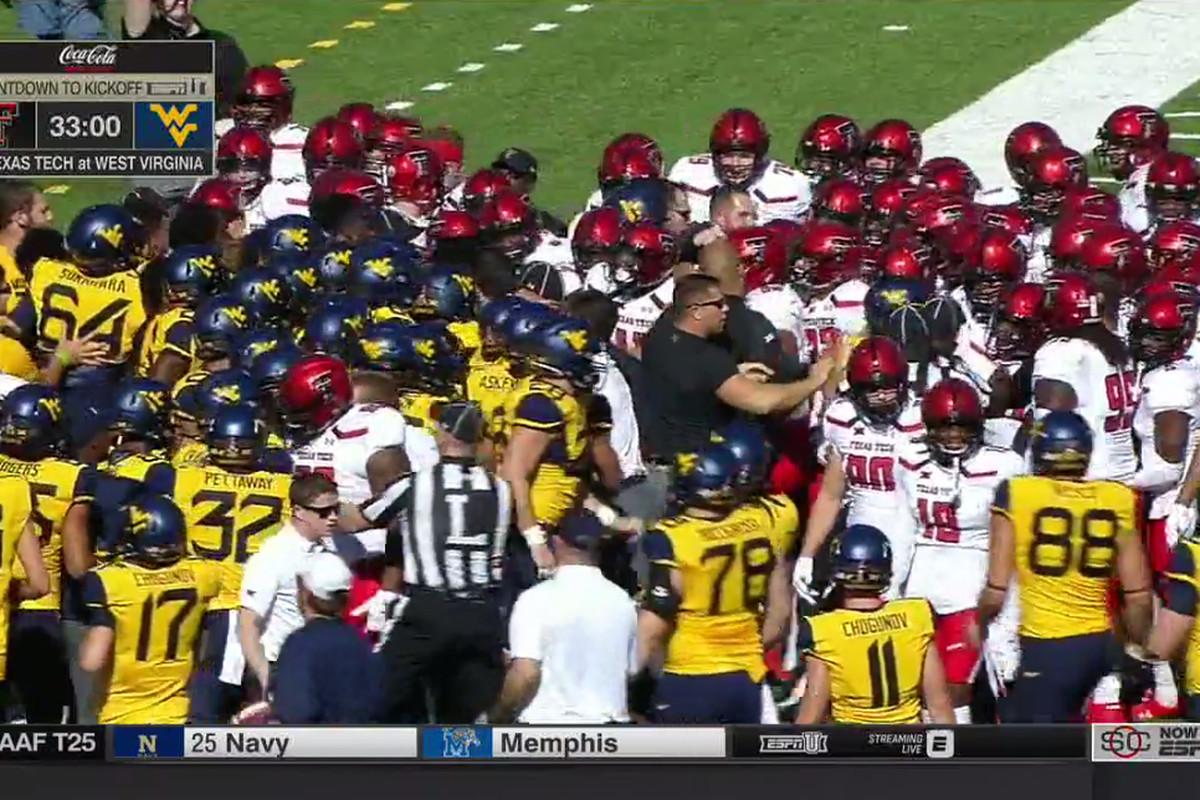 Texas Tech Vs West Virginia Fight Lil Pregame Shovin Before Kickoff Sbnation Com