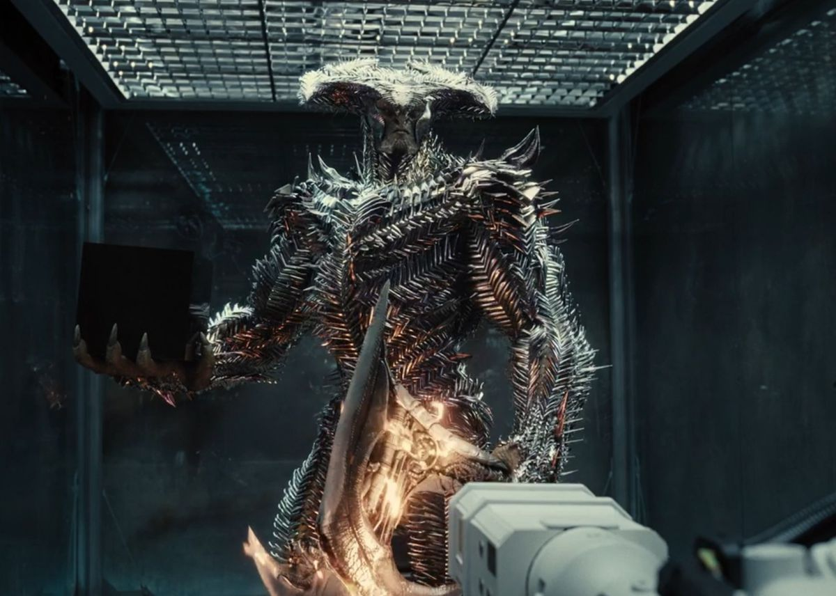Steppenwolf with a mother box in Zack Snyder's Justice Leagu