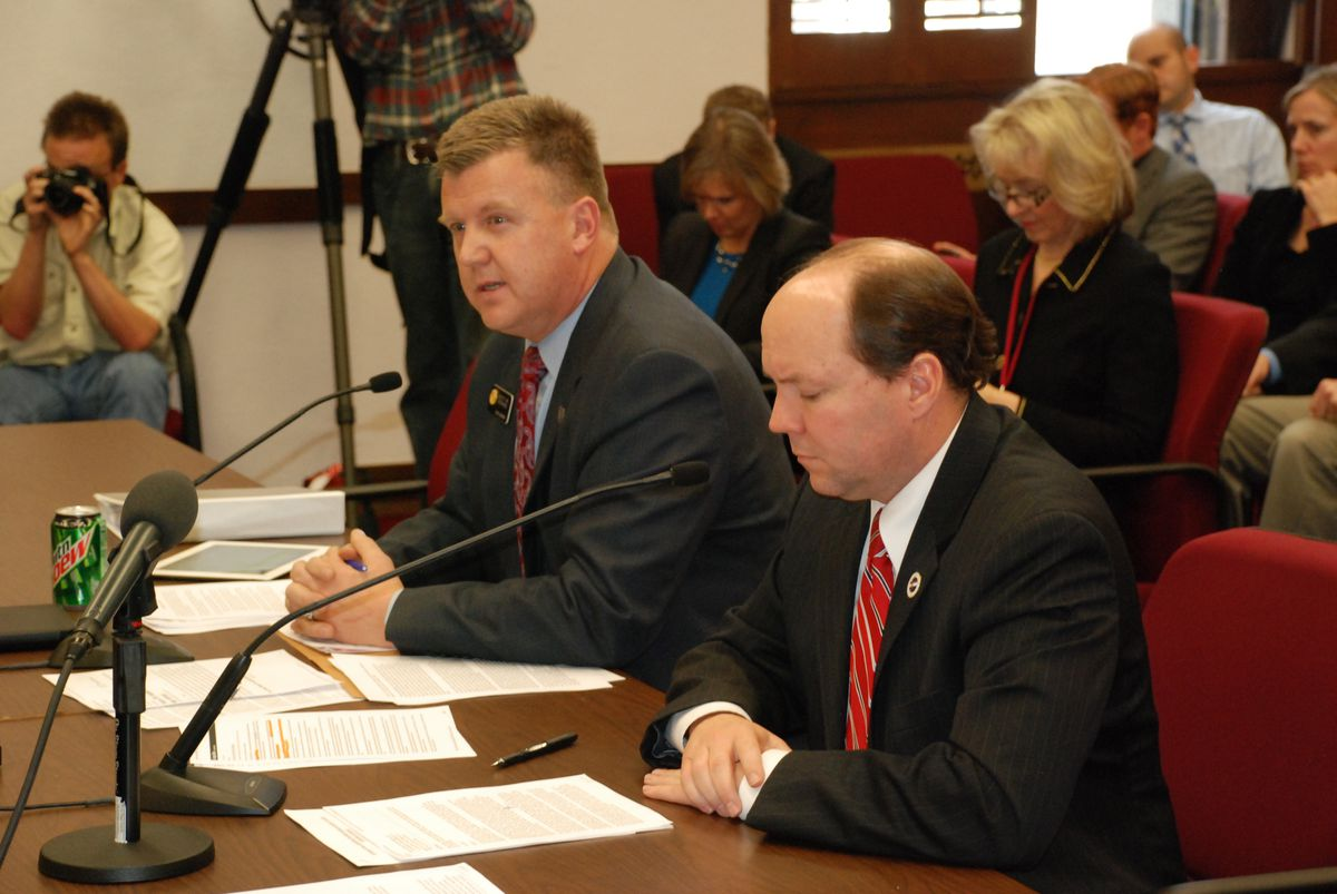 Republican Sens. Scott Renfroe of Greeley (left) and Ted Harvey of Highlands Ranch present their guns-in-schools bill.
