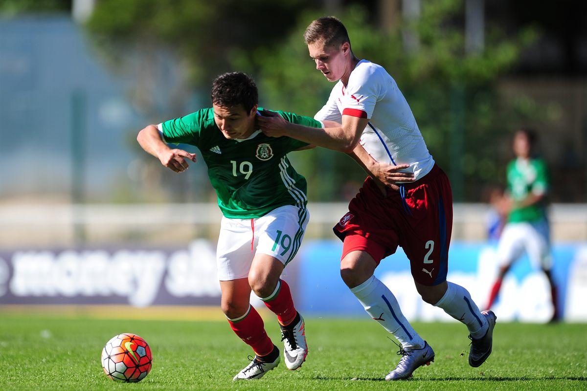 Mexico v Czech Republic - Toulon Tournament