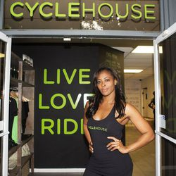 """<a href=""""http://la.racked.com/archives/2013/08/12/hottest_trainer_contestant_12_nichelle_hines.php""""target=""""_blank"""">Nichelle Hines of Cycle House</a>"""