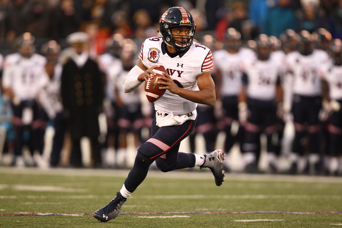 Keenan Reynolds ends his career against Army with another victory, keeping the streak alive.