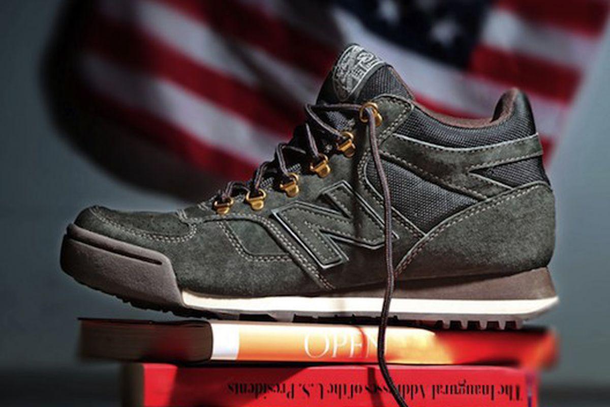 """The Dartmouth hiker-sneaker, Image via <a href=""""http://www.eukicks.com/new-balance-h710-ivy-league-collection/"""">EUKicks.com</a>"""