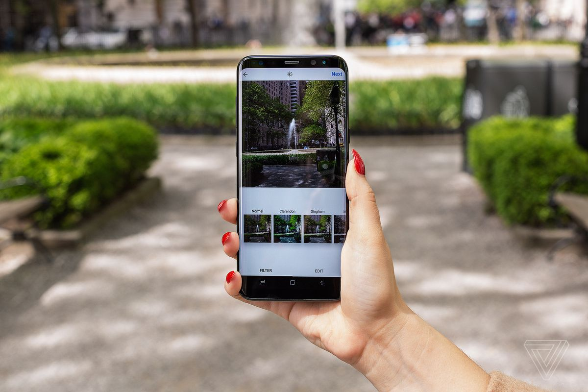 Instagram now lets you share landscape and portrait pics in galleries