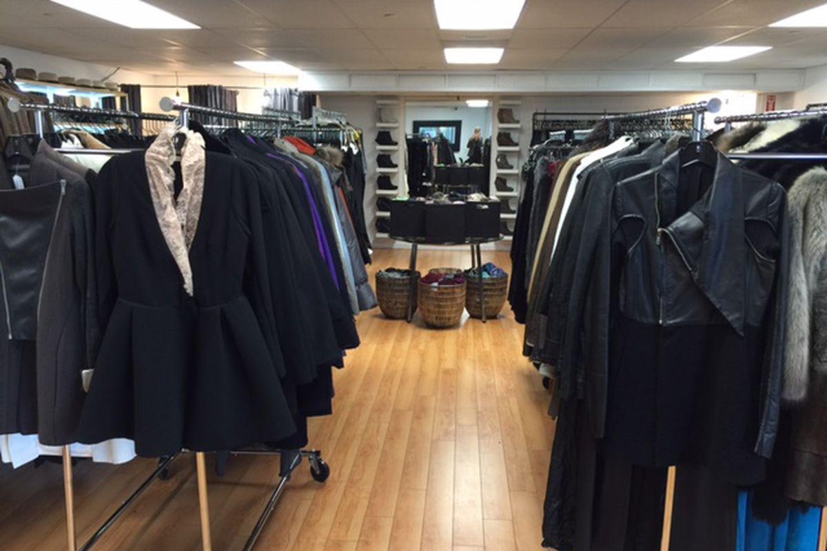 Photo: A List Sample Sale
