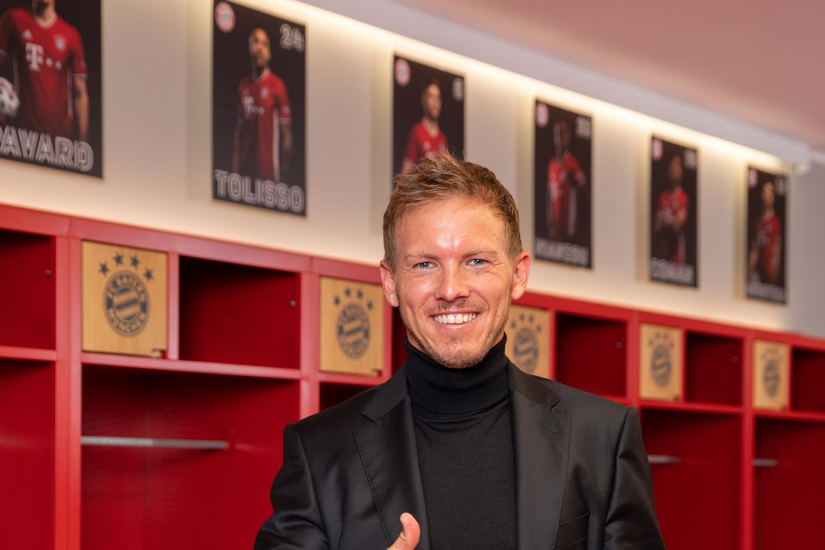 FC Bayern Muenchen Team Coach Portrait Shooting