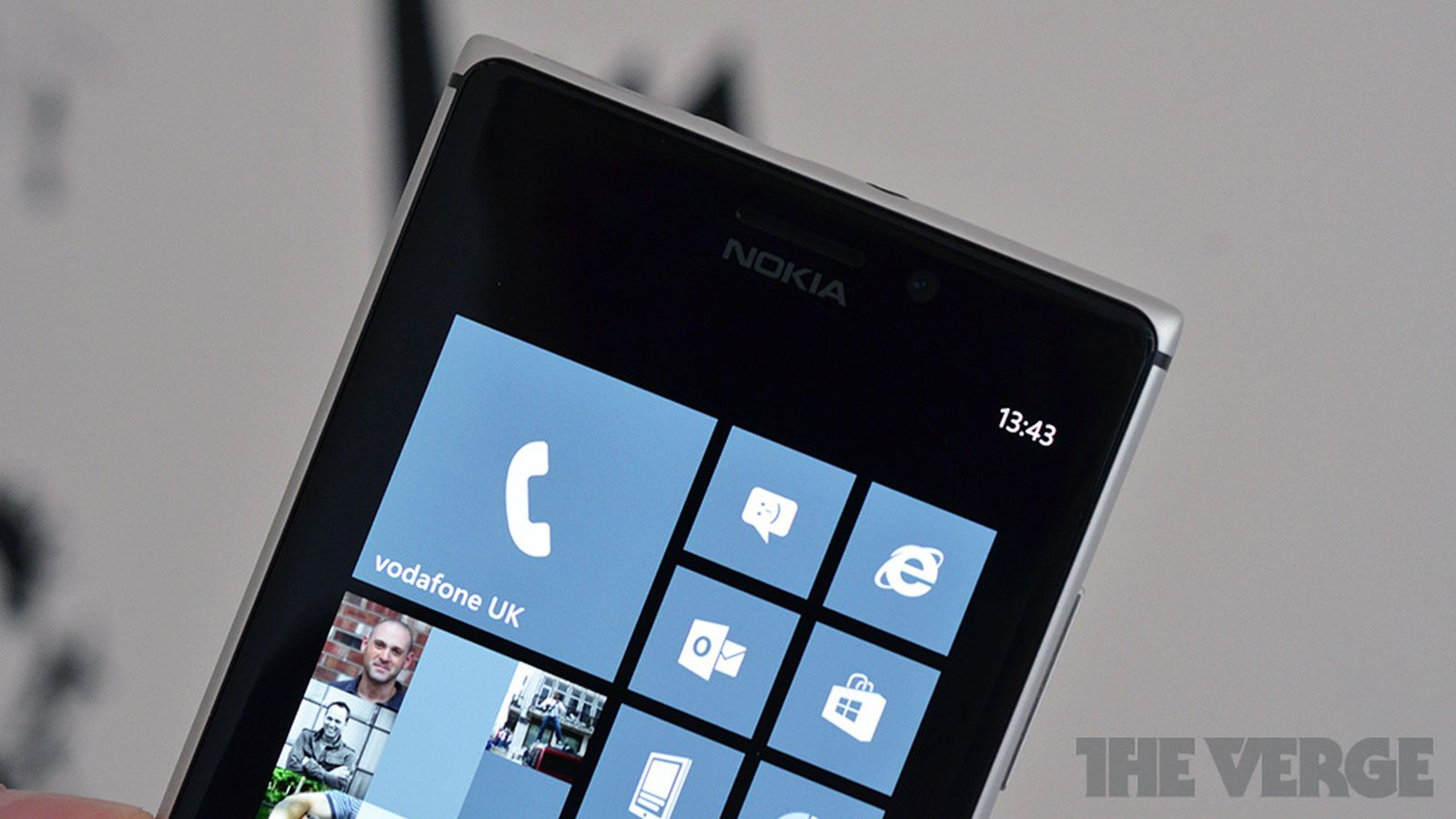 Nokia Lumia 925 reportedly heading to AT&T in September ...