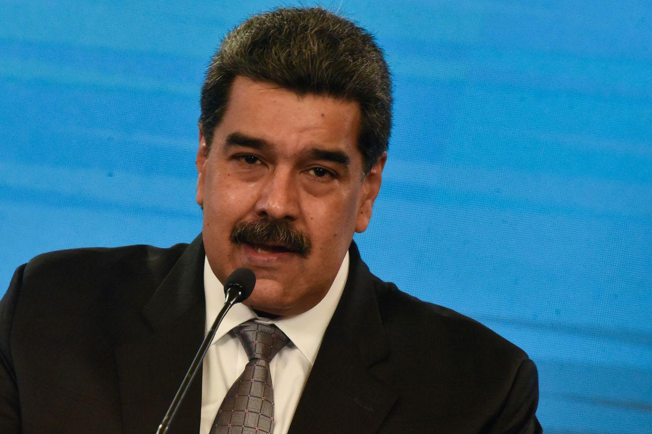 Nicolas Maduro Announces Launch of Vaccination Campaign