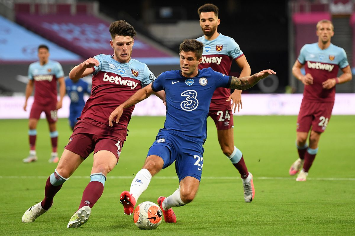 Christian Pulisic of Chelsea battles for the ball during the Premier League match between West Ham United and Chelsea FC at London Stadium on July 1.