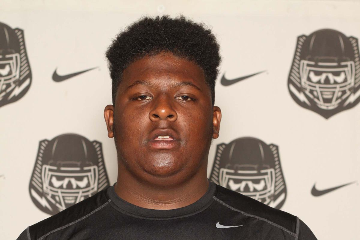 Maryland recently offered a scholarship to top-rated 2017 center Cesar Ruiz, an IMG Academy prospect.