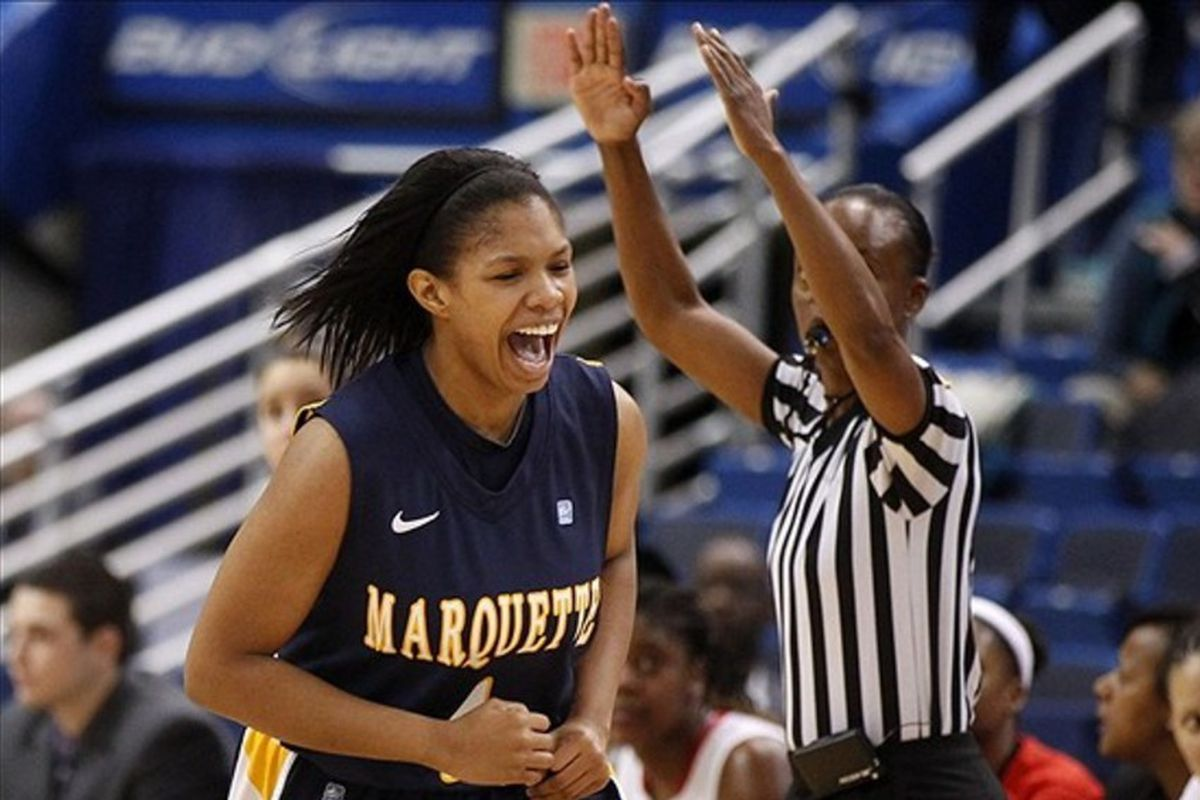 Arlesia Morse hit 3 of 7 behind the arc to spur the Marquette rally against Oral Roberts.