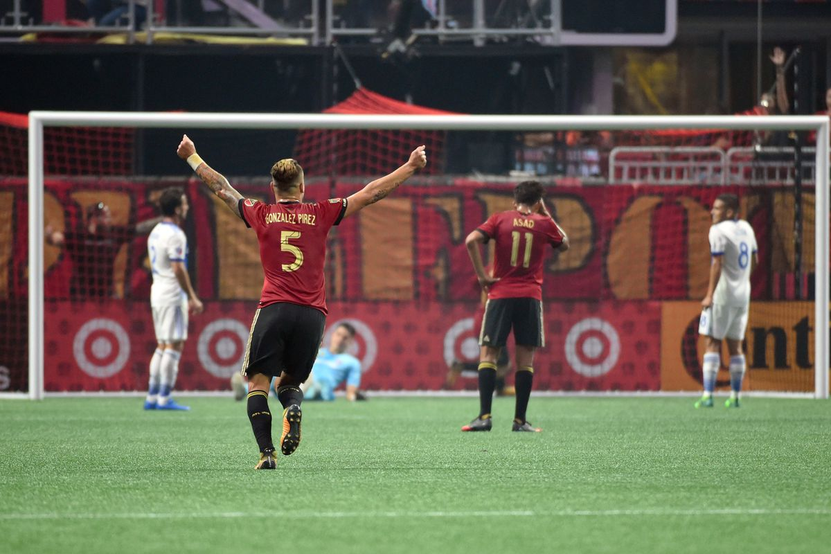 Atlanta united open mercedes benz stadium in style for Mercedes benz stadium atlanta united