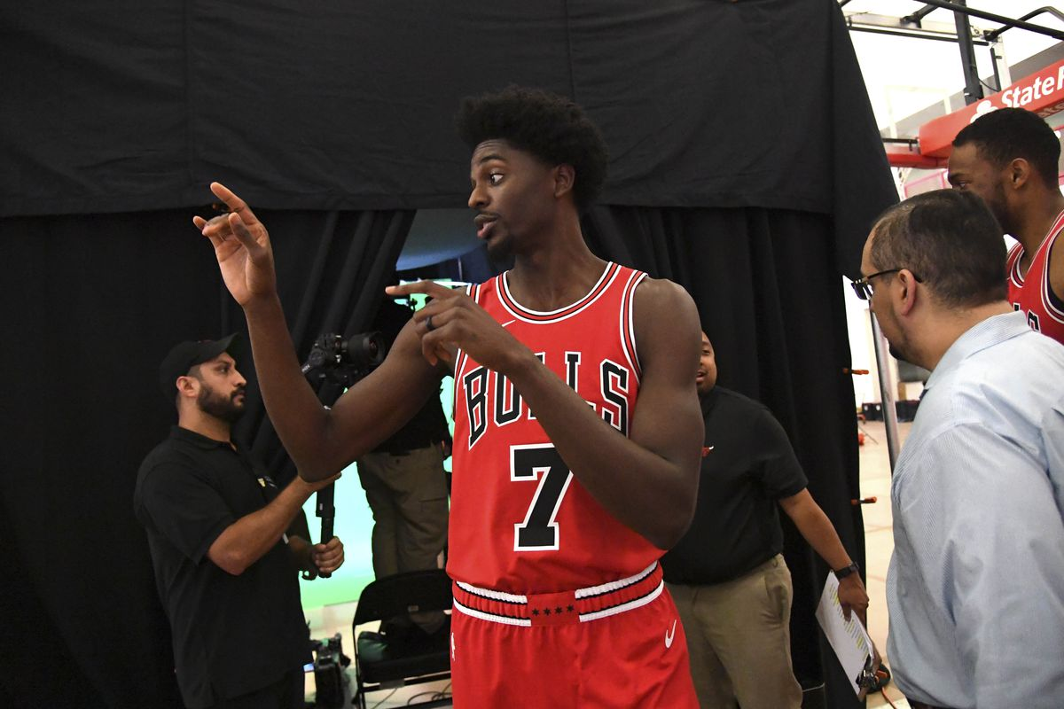 uk availability ca74f 50af0 Chicago Bulls trade Justin Holiday to Memphis Grizzlies for ...