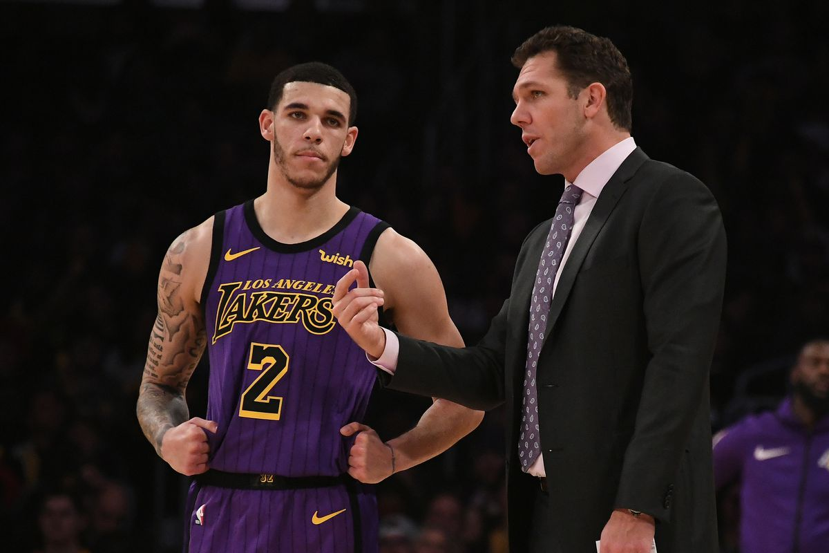 Luke Walton says the Lakers haven t told him when Lonzo Ball will come back 3f705032717