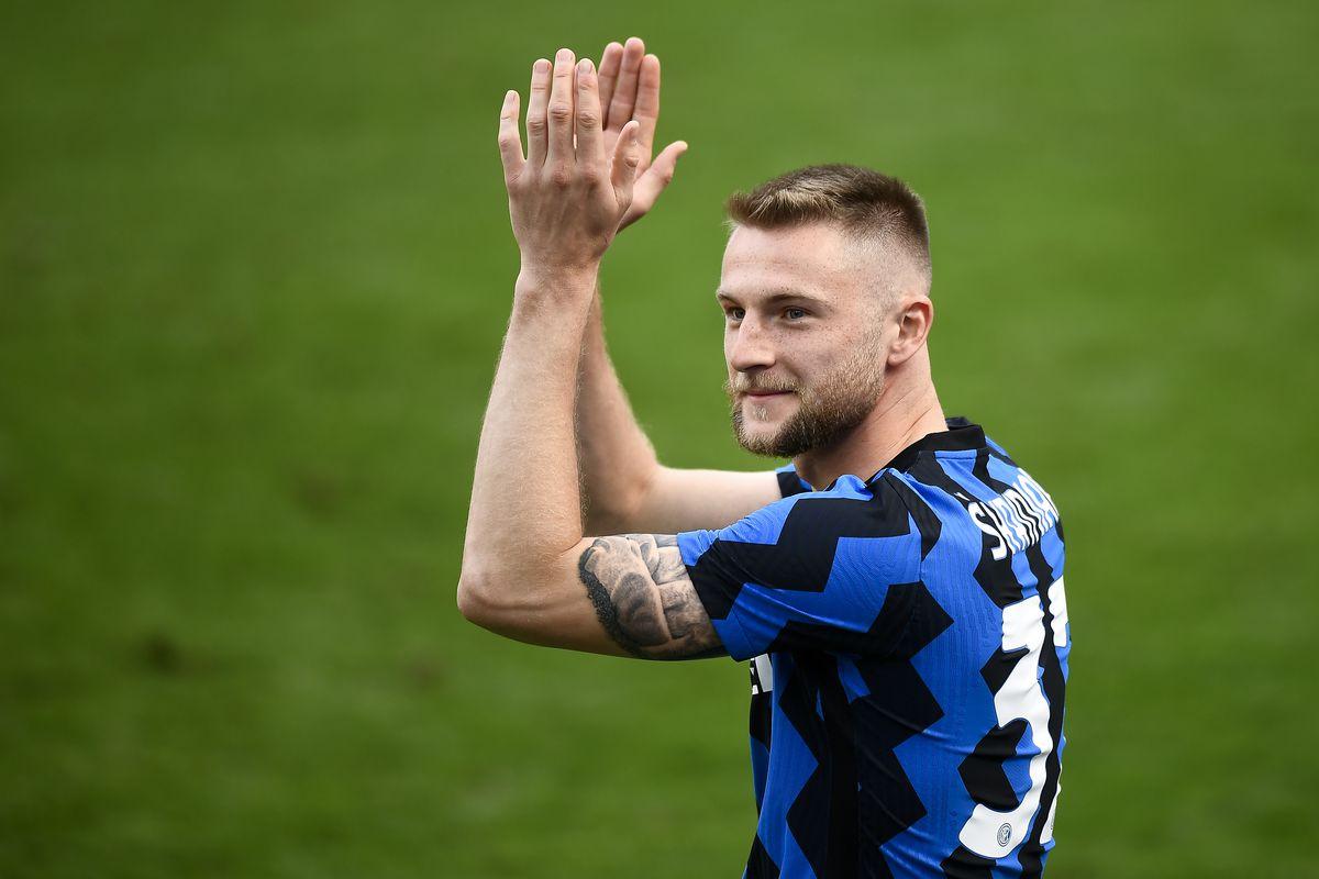 Milan Skriniar of FC Internazionale gestures during the...
