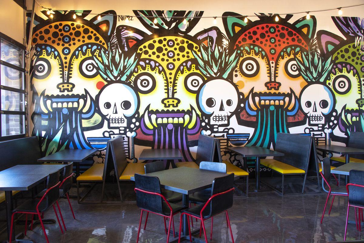 Street Taco features a mural by Mexican illustrator and painterMiguel Mejía aka Neuzz
