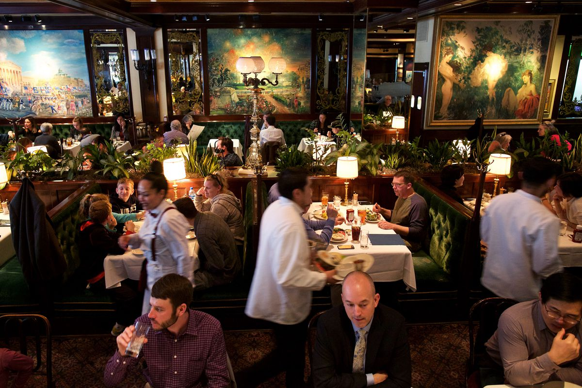 A bustling dining room at Old Ebbitt Grill