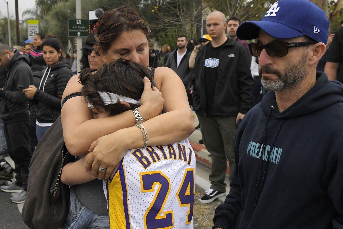 Kobe Bryant: Lizzo, Alicia Keys honor Kobe at Grammy Awards, Staples Center