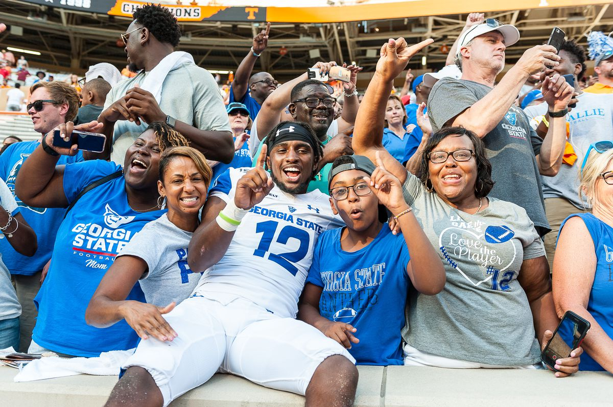 """<p zoompage-fontsize=""""15"""" style="""""""">COLLEGE FOOTBALL: AUG 31 Georgia State at Tennessee"""