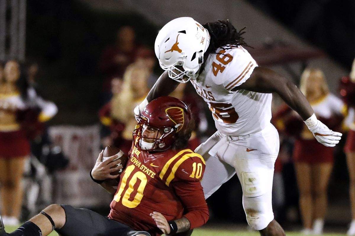 Texas still searching for offensive identity after win over Iowa State