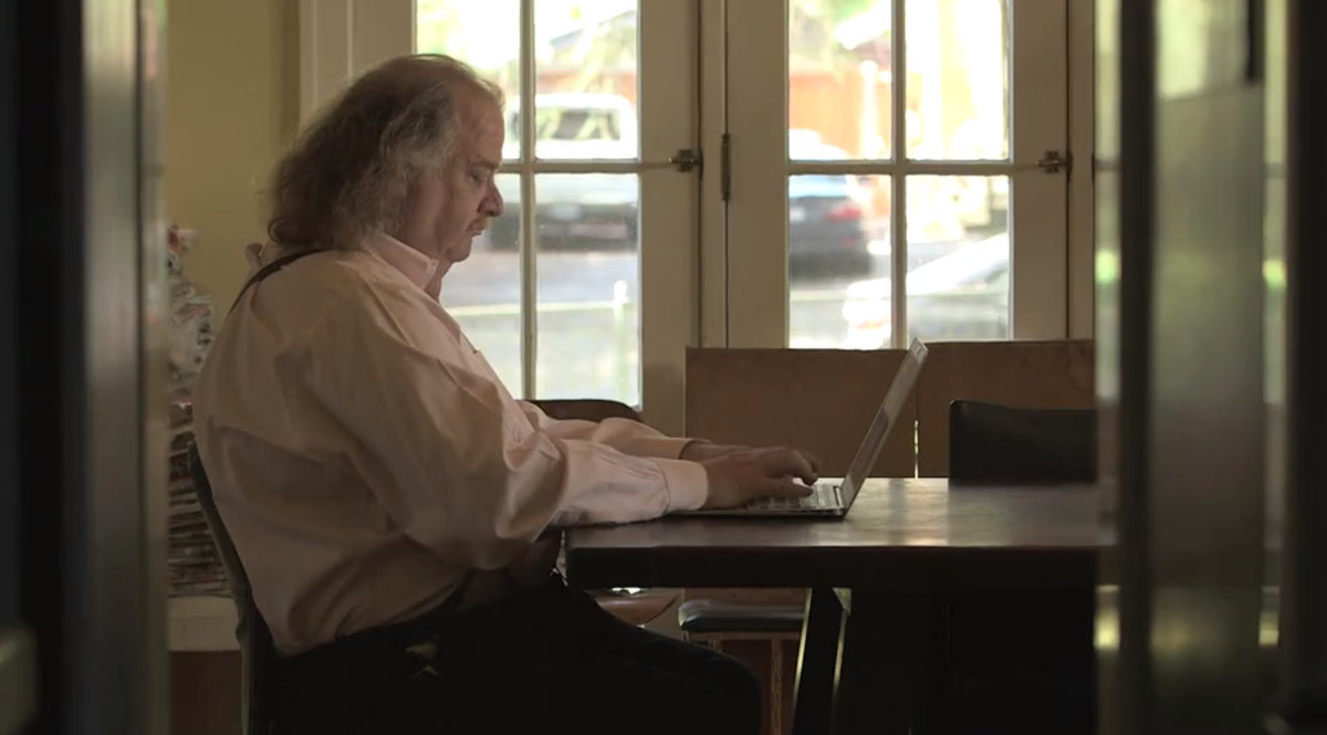 Jonathan Gold in City of Gold.