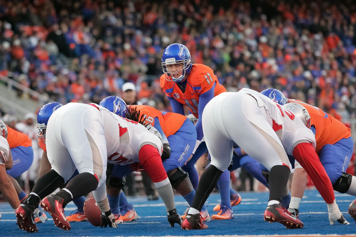 BOISE, ID - DECEMBER 03: Kellen Moore #11 of the Boise State Broncos calls a play against the New Mexico Lobos at Bronco Stadium on December 3, 2011 in Boise, Idaho.  (Photo by Otto Kitsinger III/Getty Images)