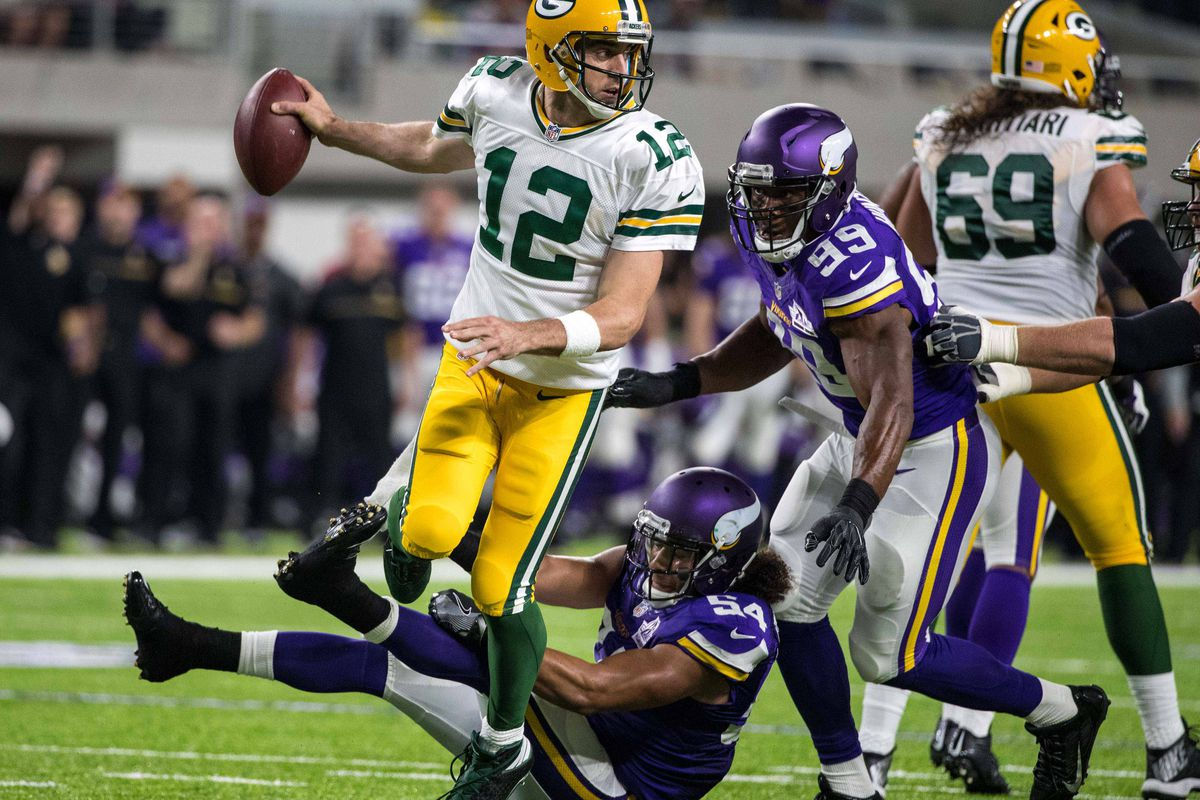 Minnesota Vikings At Green Bay Packers First Quarter Open