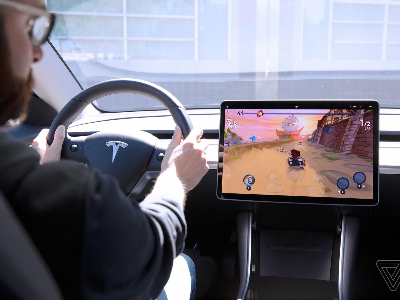 Tesla Arcade hands-on: using a Model 3 steering wheel as a