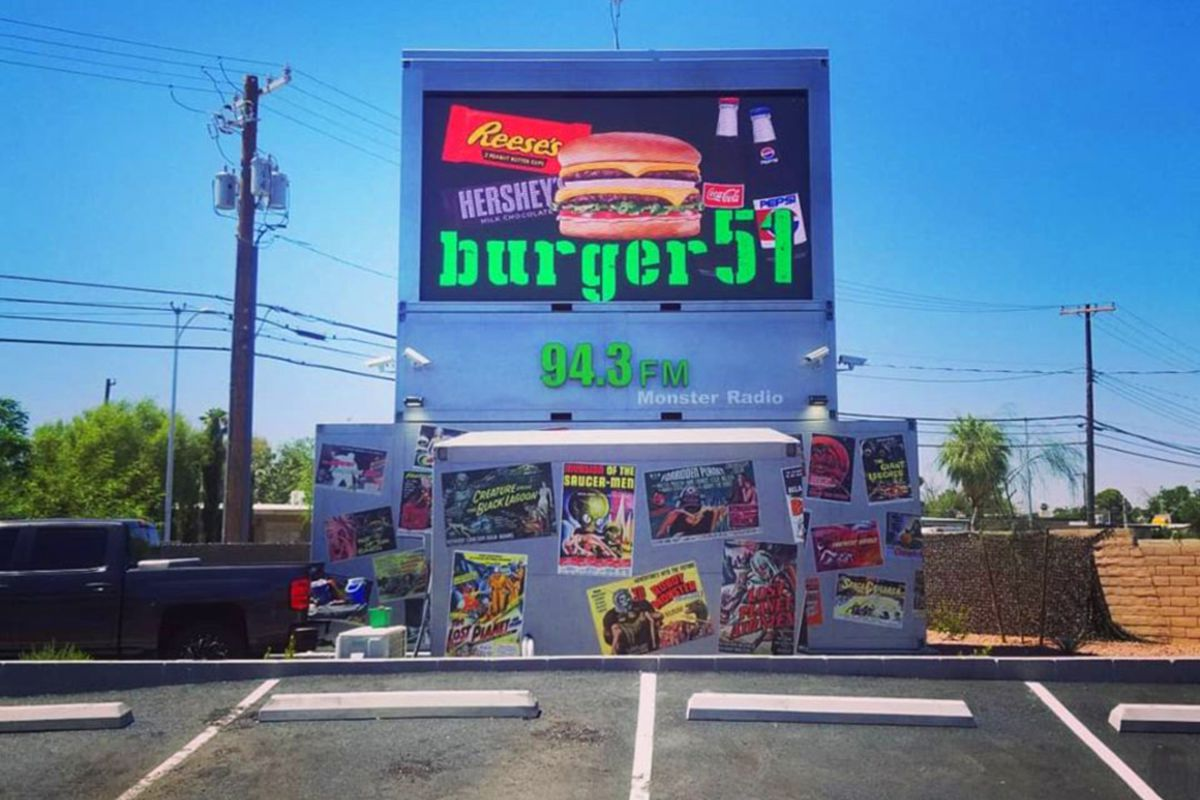 Burger51 Opens With Short Drive In Movies And Burgers On The Westside Of Las Vegas Eater Vegas